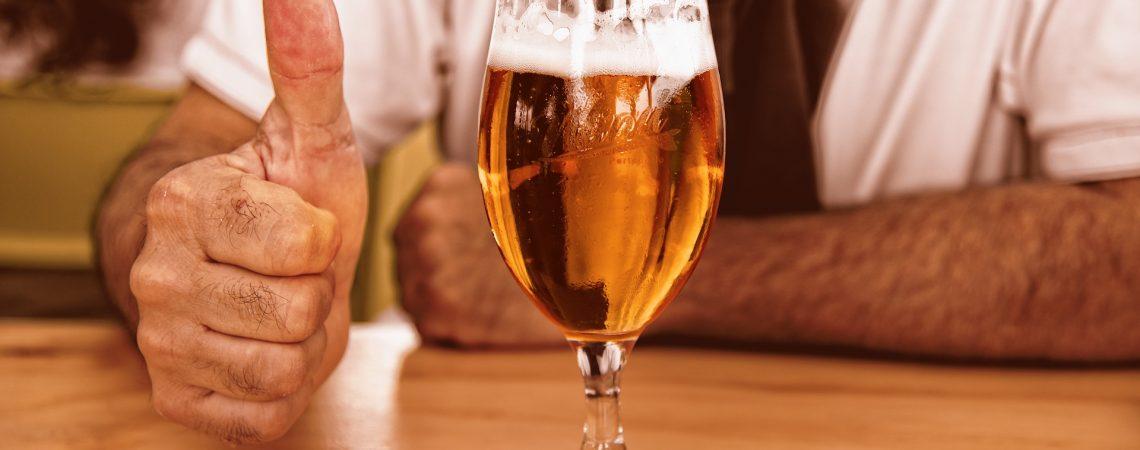 ¿La cerveza es más sana que la leche? investigadores afirman que sí