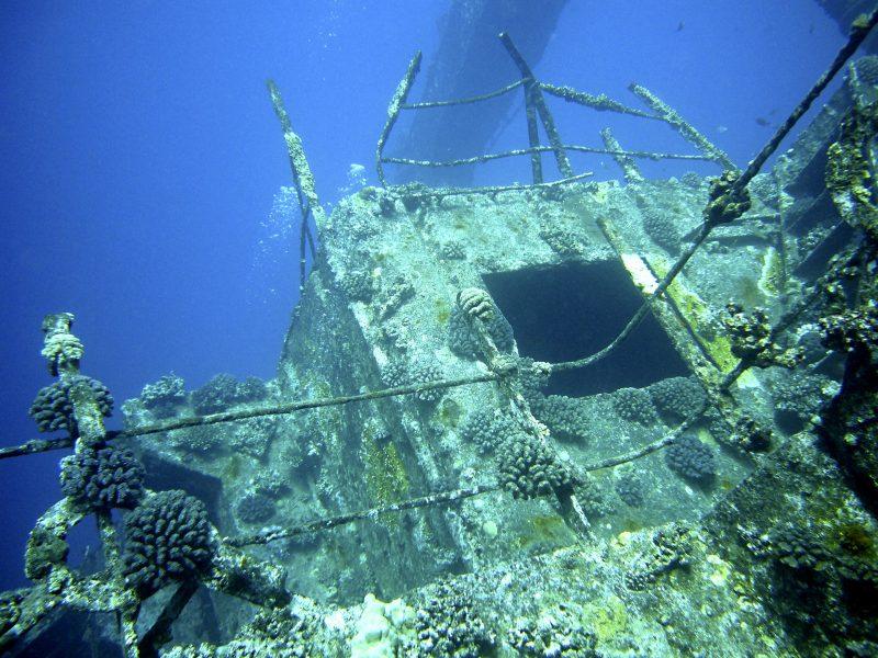 Buceo en barcos hundidos en Baja California Sur
