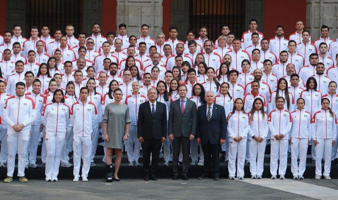 Abanderamiento delegación mexicana