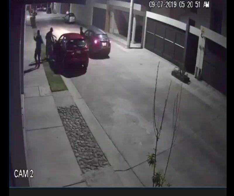 asalto con pistola villa magna