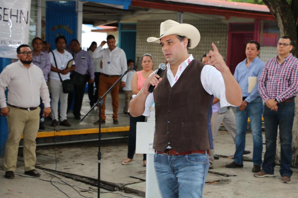 Esper Cárdenas