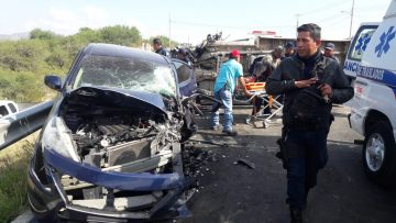 accidente en la carretera a ahualulco 5 heridos 4