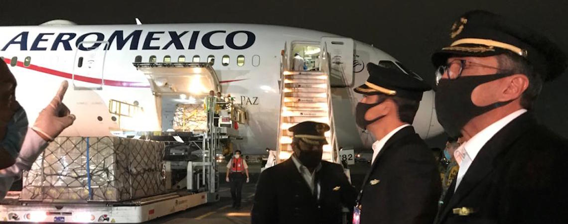 Llegan a México equipos de protección médico de China