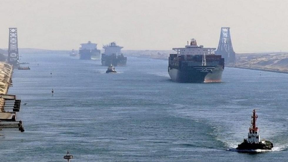 Susto en canal Suez por falla en buque petrolero